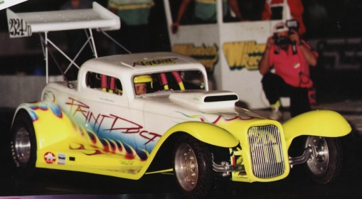 Picture of half scale funny car